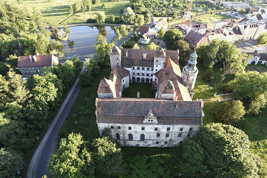 Zamek w Niemodlinie.jpeg